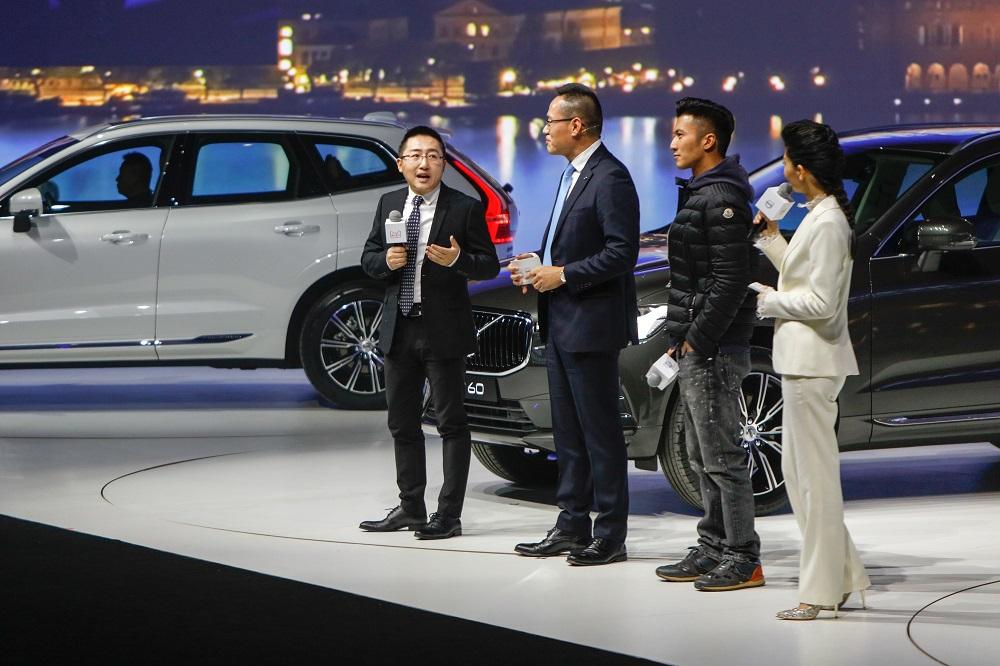 謝霆鋒也出席了Volvo的新車發佈會。